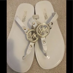 Michael kors jelly sandals 5.5